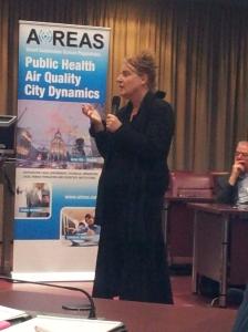 Wethouder Mary-Ann Schreurs benadrukt de verandering van de maatschappij