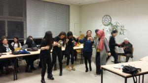 Samen dansen en zingen hoort erbij
